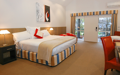 Accommodation Brooklands of Mornington King Deluxe Suite